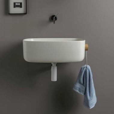 Lavabo sospeso o da appoggio in cristalplant o della collezione BOUNCE con porta asciugamani laterale in corda.